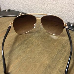 Andrea jovine Sunglasses aviator style